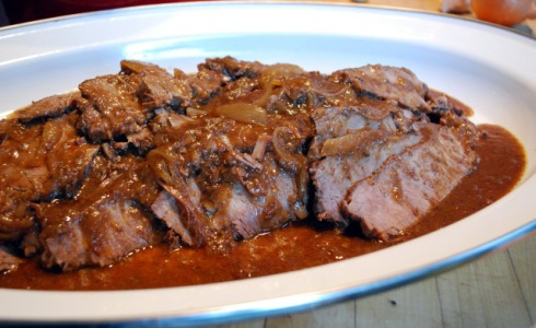 Not my picture - http://nancyvienneau.com/blog/recipes/doufeu-part-deux-brisket-of-beef/